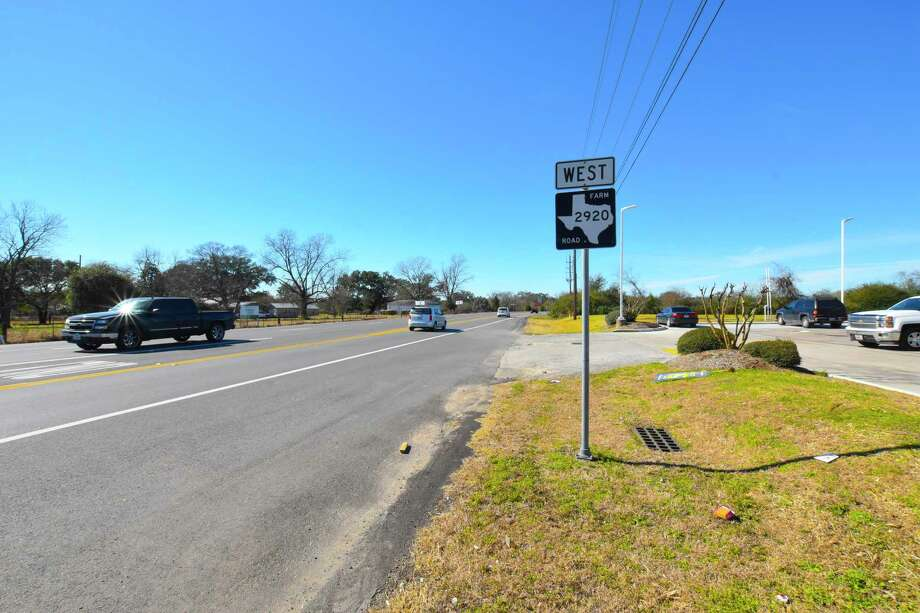 The Texas Department of Transportation is considering widening FM 2920 to double the lanes of FM 2920 in a nearly 20 mile stretch from U.S. 290 to Texas 249. Photo: Tony Gaines, Photographer