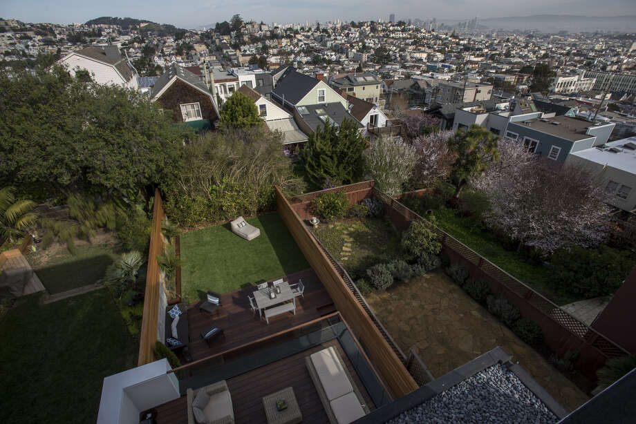 The view from the master bedroom balcony of a San Franciso house listed at $5.49 million in 2016. Click through the following slideshow to see some of the most eye-popping recent Bay Area bids. Photo: Bloomberg Photo By David Paul Morris. / © 2016 Bloomberg Finance LP