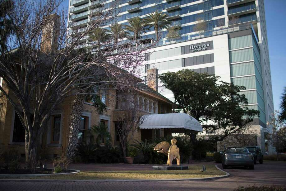 The 29-story Hanover Montrose is adjacent to La Colombe d'Or. Photo: Marie D. De Jesus, Houston Chronicle / © 2018 Houston Chronicle