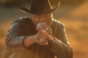 Country rapper Cowboy Troy will supply the soundtrack for H-E-B's 2018 Super Bowl ad airing Sunday.
