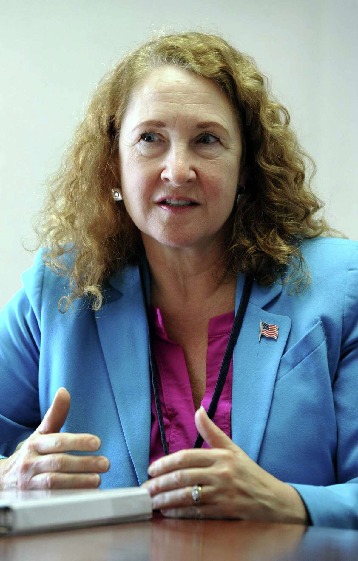 U.S. Representative Elizabeth Esty meest with The News-Times editorial board January 2018.