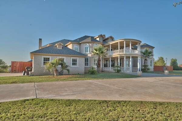 The 2.53-acre property located at 8312 Edinburgh Dr. is on the market for $$995,00.