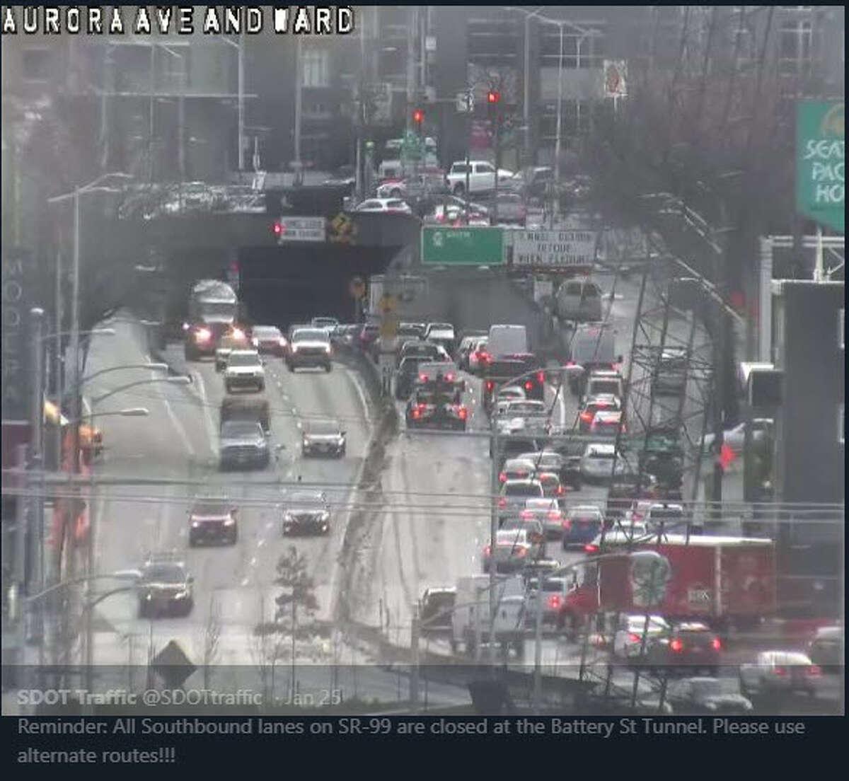 Alaskan Way Viaduct crash that closes southbound lanes Jan. 25, 2018.