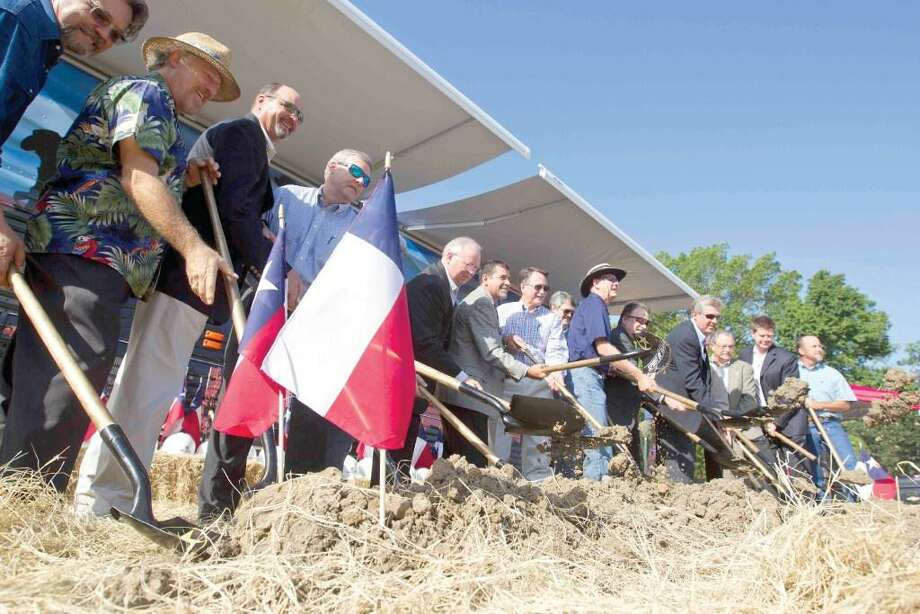 Community supporters broke ground for the Spirit of Texas Bank in Conroe in August. Community banks generally can use some regulatory relief help from Congress. Photo: Jason Fochtman /