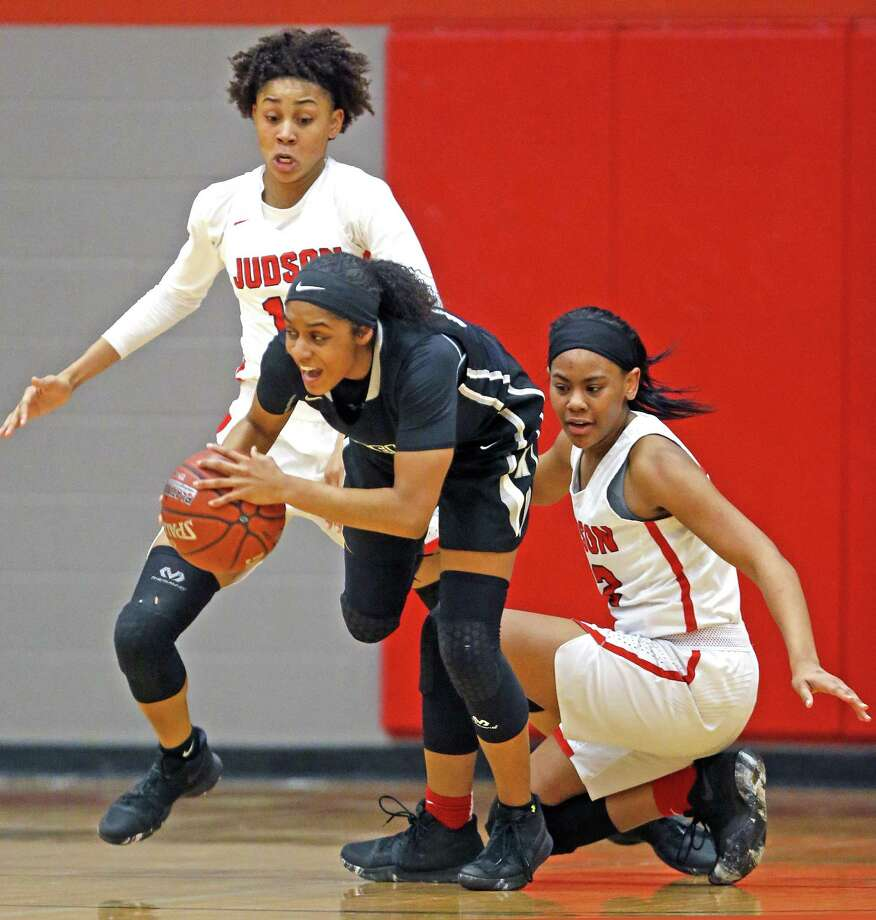 Steeles' Desiree Caldwell  takes the ball away from Judsons' Desiree Lewis from the District 27-6A high school girls basketball game between Judson and Steele on Friday, January 26, 2018 in San Antonio,  Texas at Judson HS Photo: Ronald Cortes, For The San Antonio Express News / 2017 Ronald Cortes