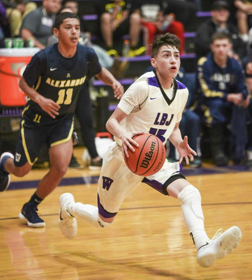 Chris Merino and LBJ host Alexander at 7:30 p.m. Tuesday. Merino scored a game-high 27 points off the bench last season to help the Wolves beat the Bulldogs 86-82 in overtime at home. Photo: Danny Zaragoza /Laredo Morning Times File
