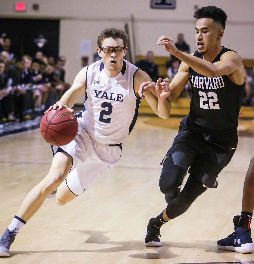 (John Vanacore/for Hearst Connecticut Media) The Yale Bulldogs men's Basketball played host to the Crimson of Harvard Friday January 26, 2017 at Yale's Payne Whitney Gym. Harvard held on to defeat Yale 54-52. Photo: John Vanacore / For Hearst Connecticut Media