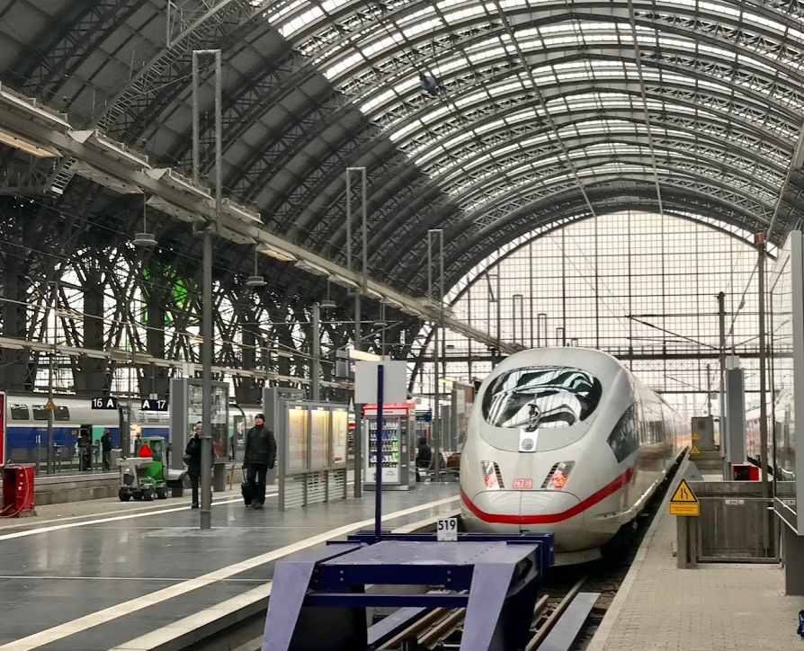 7 reasons to take the train instead of the plane in Europe