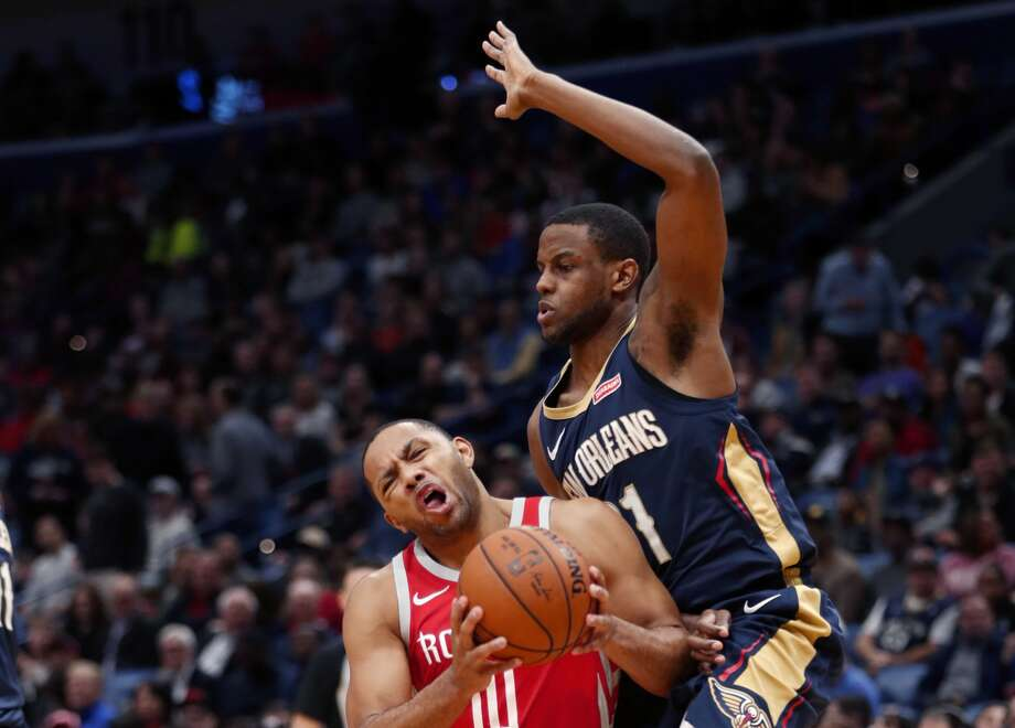 Houston Rockets guard Eric Gordon (10) goes to the basket against New Orleans Pelicans forward Darius Miller in the first half of an NBA basketball game in New Orleans, Friday, Jan. 26, 2018. (AP Photo/Gerald Herbert) Photo: Gerald Herbert/Associated Press