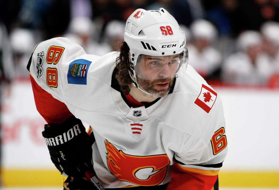 FILE - In this Nov. 25, 2017, file photo, Calgary Flames right wing Jaromir Jagr, of the Czech Republic, waits for a face-off against the Colorado Avalanche during the second period of an NHL hockey game in Denver. Multiple people with direct knowledge of the move say the Calgary Flames have placed Jagr on waivers. The people spoke to The Associated Press on condition of anonymity Sunday, Jan. 28, 2018, because the team had not announced the transaction. (AP Photo/David Zalubowski, File) Photo: David Zalubowski, Associated Press / Copyright 2017 The Associated Press. All rights reserved.