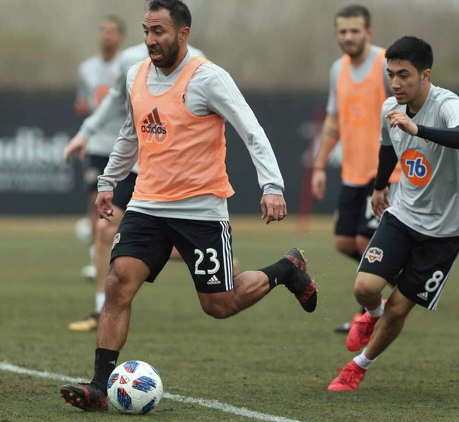 In his first year with the Dynamo, Arturo Alvarez (23) scored the only goal in the team's 1-1 preseason draw against the Portland Timbers on Wednesday. Photo: Yi-Chin Lee, Houston Chronicle / © 2018  Houston Chronicle