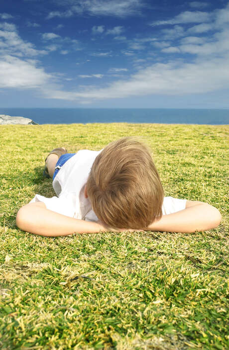 Daydreaming may be a sign that your child isn't getting the stimulation needed to stay involved in learning. Photo: Leah-Anne Thompson / Leah-Anne Thompson - Fotolia