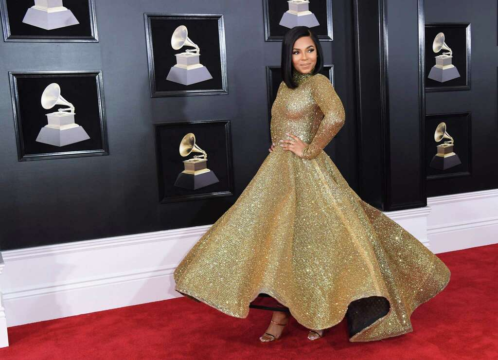 BEST: Ashanti looked like Old Hollywood, until you look closer ... it's see through.  Photo: ANGELA WEISS, Contributor / AFP or licensors