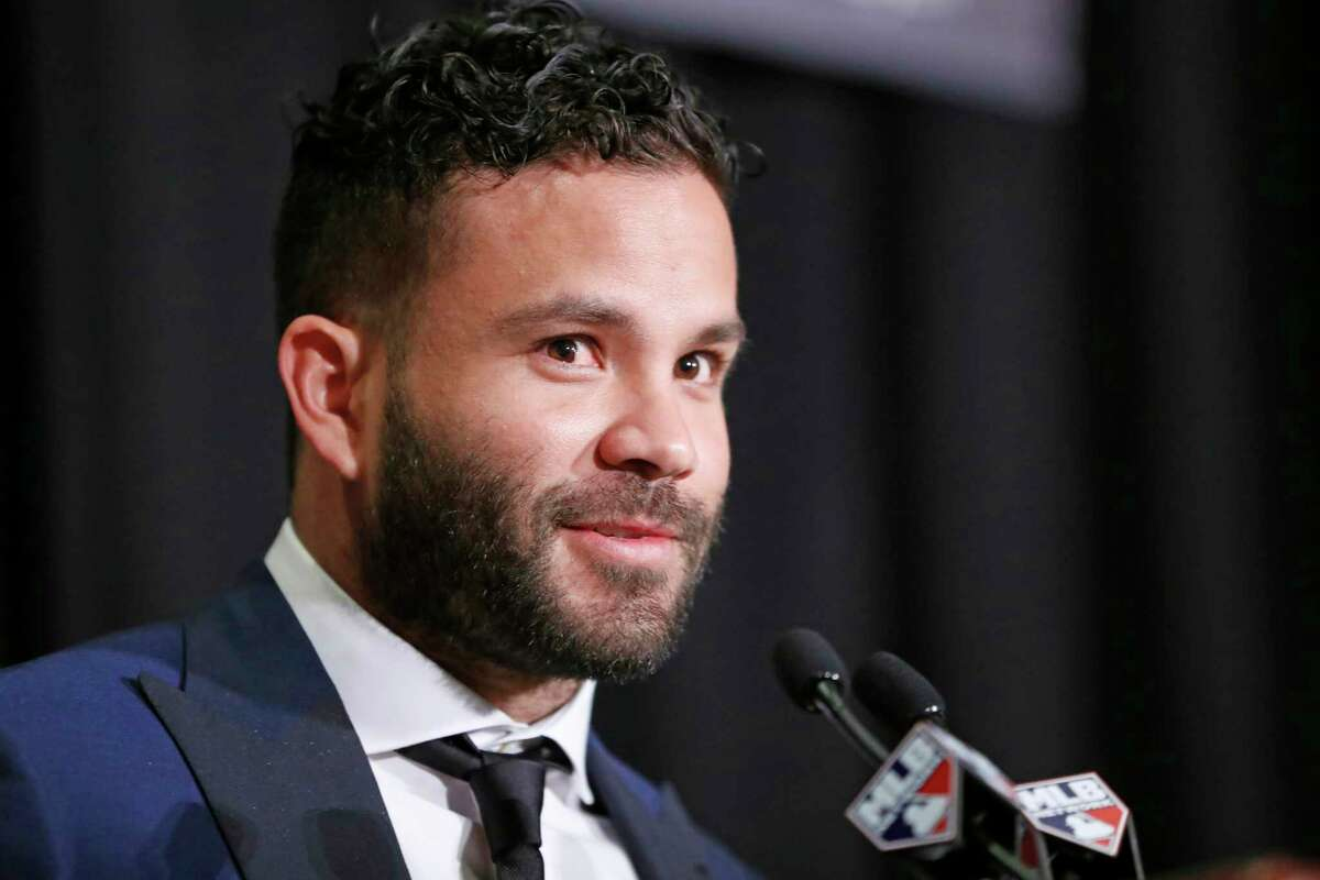 American League Most Valuable Player Jose Altuve of the Houston Astros speaks after accepting his award during the New York Chapter of the Baseball Writers' Association of America annual dinner in New York, Sunday, Jan. 28, 2018. (AP Photo/Kathy Willens)
