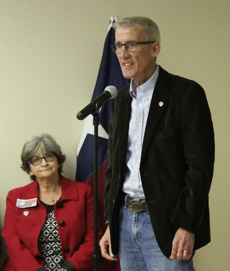 Wade Runnels introduces himself as one of the candidates running for San Jacinto County Justice of the Peace 4 during the forum held on Jan. 22 at the Republican Party headquarters in Coldspring, Texas. Photo: Jacob McAdams