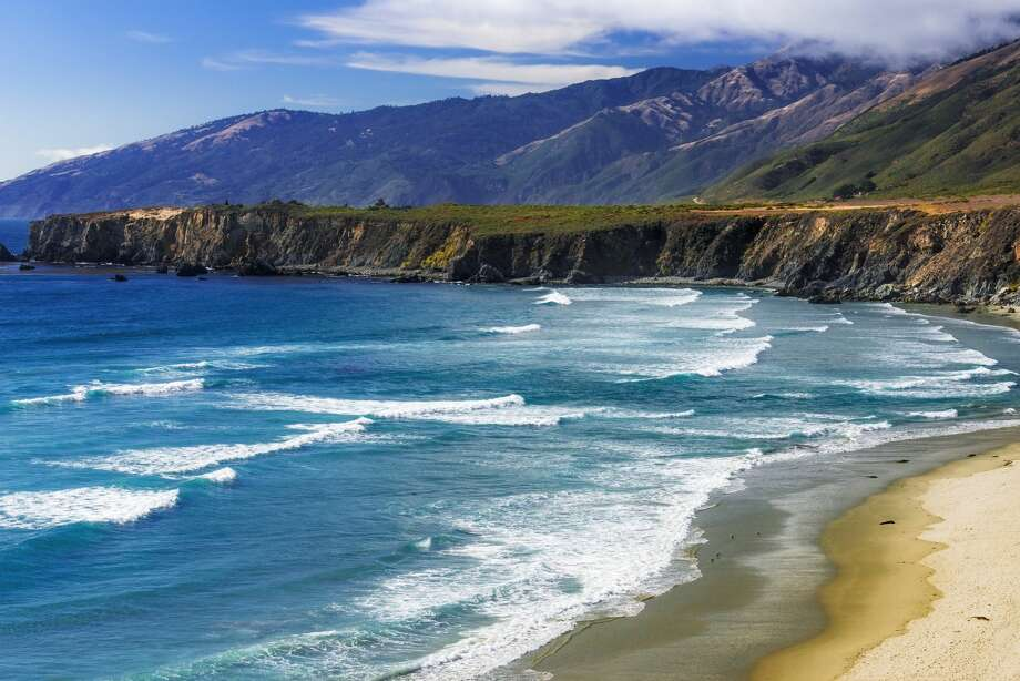 Big Sur is expected to hit 82 degrees on Jan. 29, 2018, that's 20 degrees above normal. (File photo of Sand Dollar Beach) Photo: Danita Delimont/Getty Images/Gallo Images