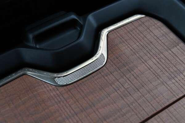 "2019 Ram 1500 Laramie Longhorn �"" Center Console Wood Tandem Door Filigree Detail"