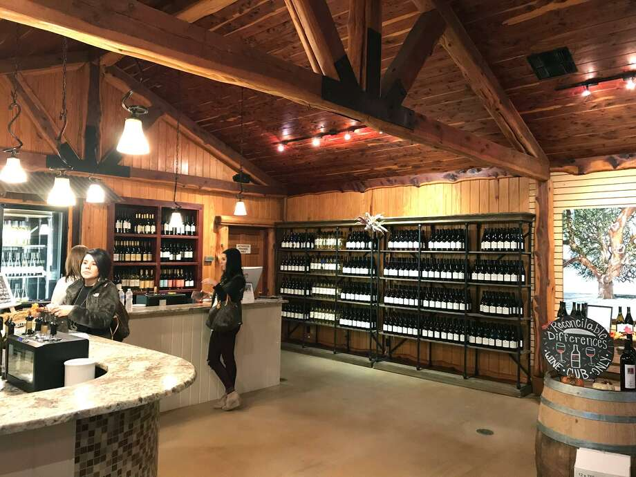 The Wedding Oak Winery tasting room in Fredericksburg Photo: Emily Spicer / San Antonio Express-News