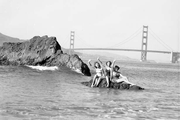China Beach in SanFrancisco on a warm day, September 9, 1951