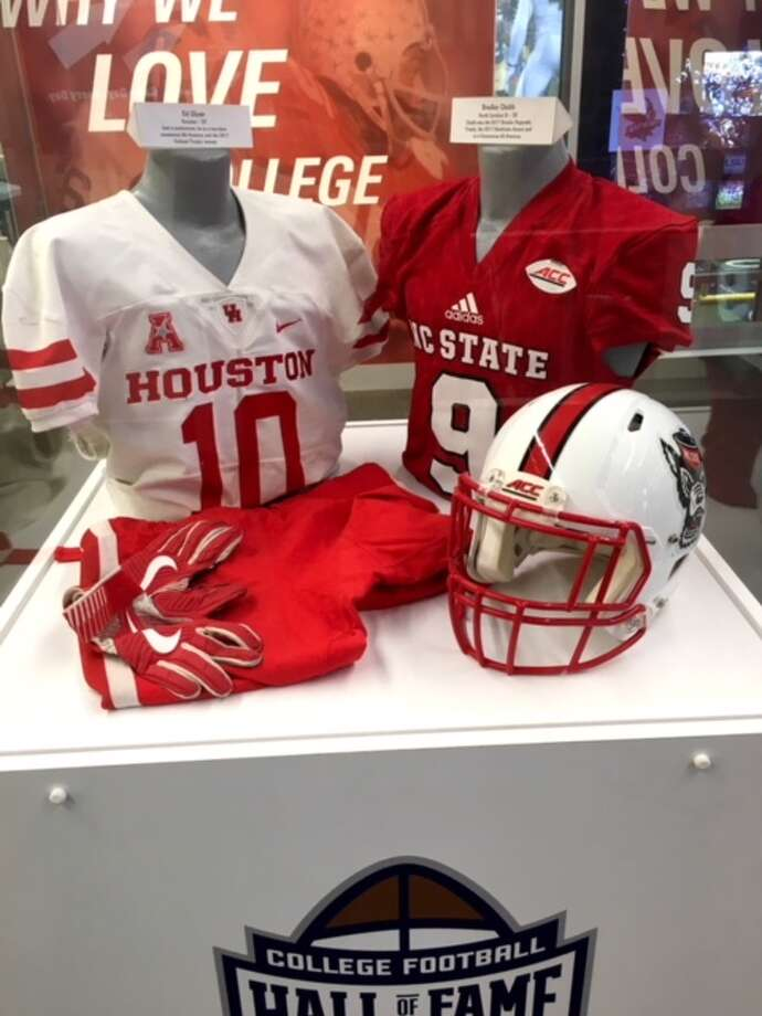 University of Houston's Ed Oliver has his uniform on display at the College Football Hall of Fame in Atlanta. Photo: College Football Hall Of Fame