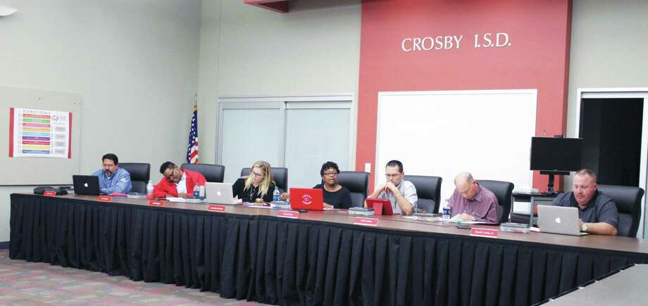 Crosby ISD Board of Trustee members met to discuss the process for the search of an interim superintendent. Photo: Kaila Contreras