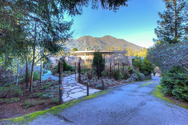 880 Edgewood Ave. in Mill Valley is a three-bedroom that sits on a double lot.