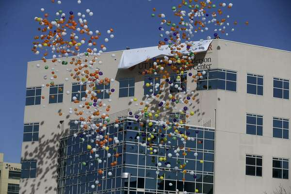 $25 million donation bolsters S A  cancer center — and