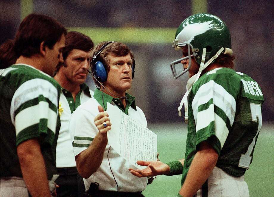 Calistoga native and San Jose State alum Dick Vermeil, center, led the Eagles to their first Super Bowl title after the 1980 season. Photo: AP