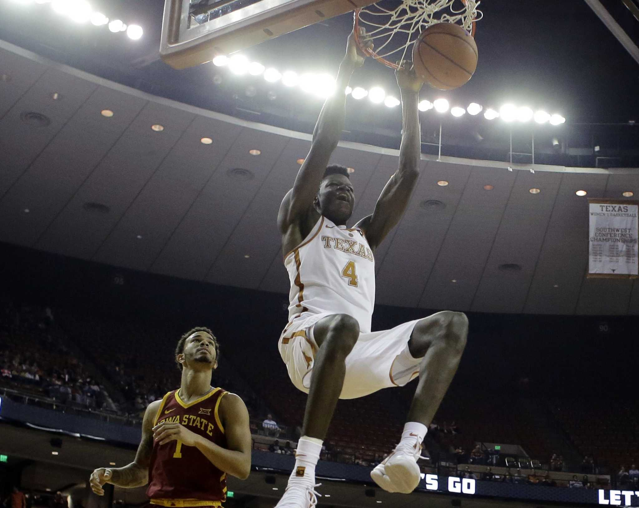 Texas' block master Mo Bamba blossoming on offensive end ...