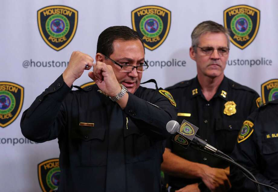 Houston Police Chief Art Acevedo explains what led to the fatal shooting of a kidnapped man by an FBI agent. Acevedo said the agent stuck his rife through a window in the dark, and the victim grabbed the barrel.  Photo: Godofredo A. Vasquez