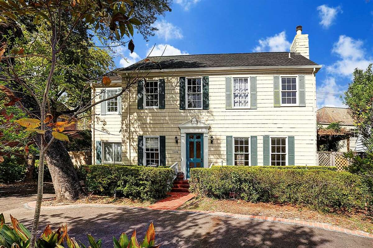 River Oaks: 1206 S. Shepherd Dr.List price:$770,000Bedrooms, bath:3, 3Square feet:2,270Price per square foot:$339.21