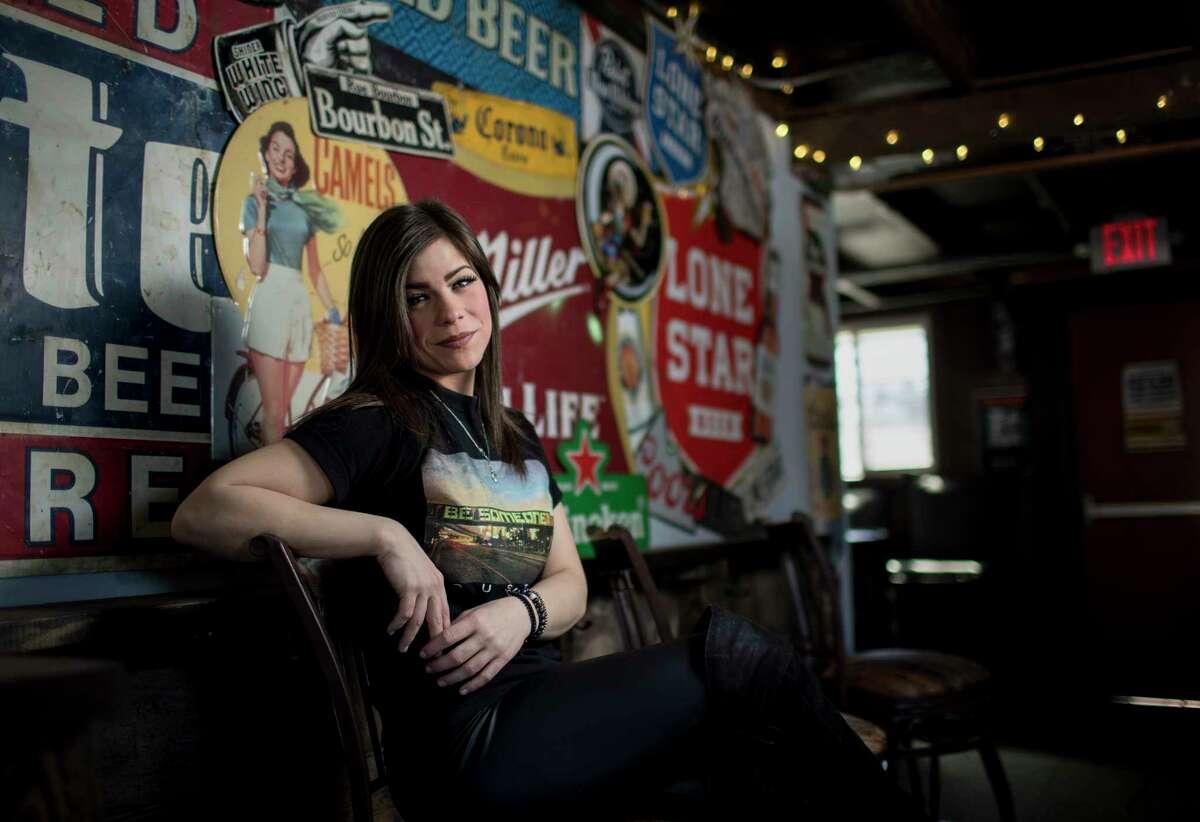 Alli Genoway, bartender at Bobcat Teddy's Icehouse, poses for a portrait Monday, Jan. 29, 2018, in Houston. ( Jon Shapley / Houston Chronicle )