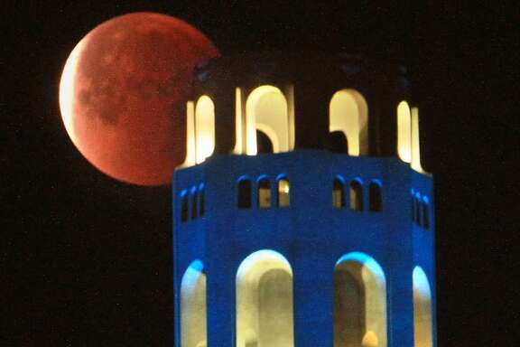 Total lunar eclipse over Coit Tower. Photo by Frederic Larson