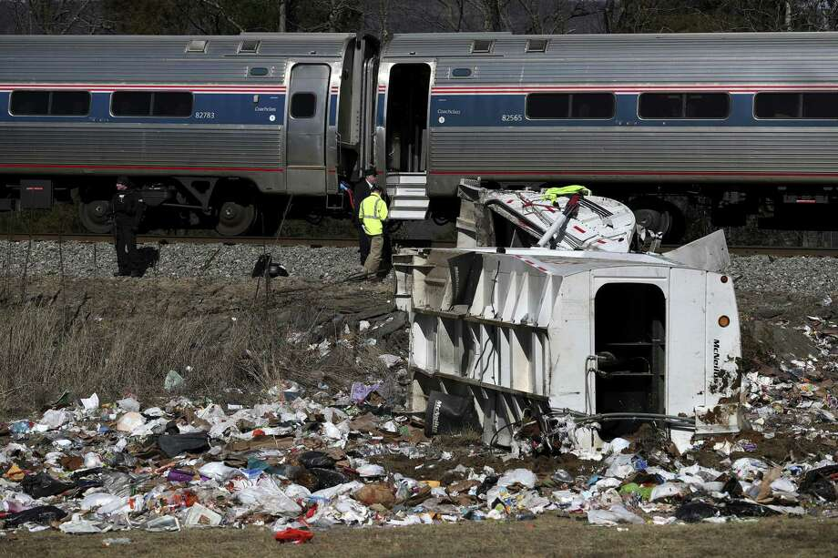 Four Arizona members of Congress unhurt after deadly train crash