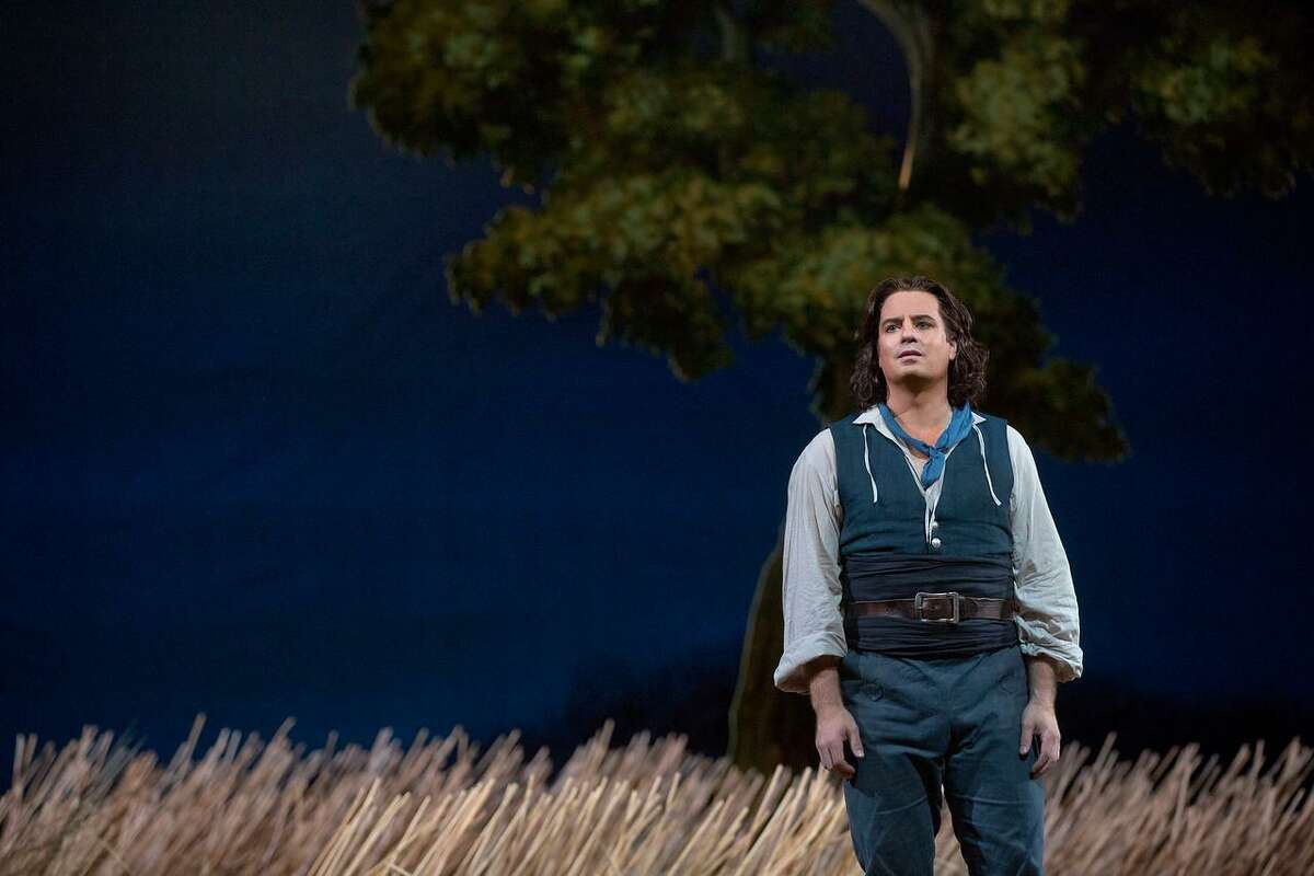 """The Warner's Med in HD series continues Feb. 10 with Donizetti's """"L'Esir D'Amore."""""""