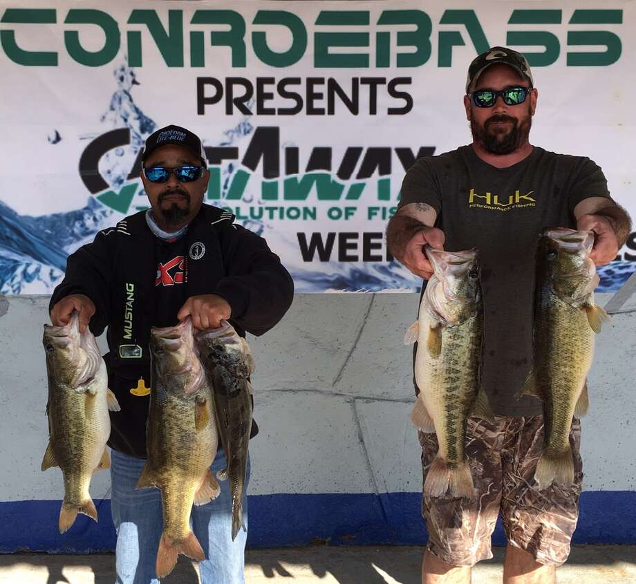 Juan Monroy and Garrett Pierce won the CONROEBASS/CASTAWAY RODS Weekend Series with a stringer total weight of 24.12 pounds. Photo: Conroe Bass