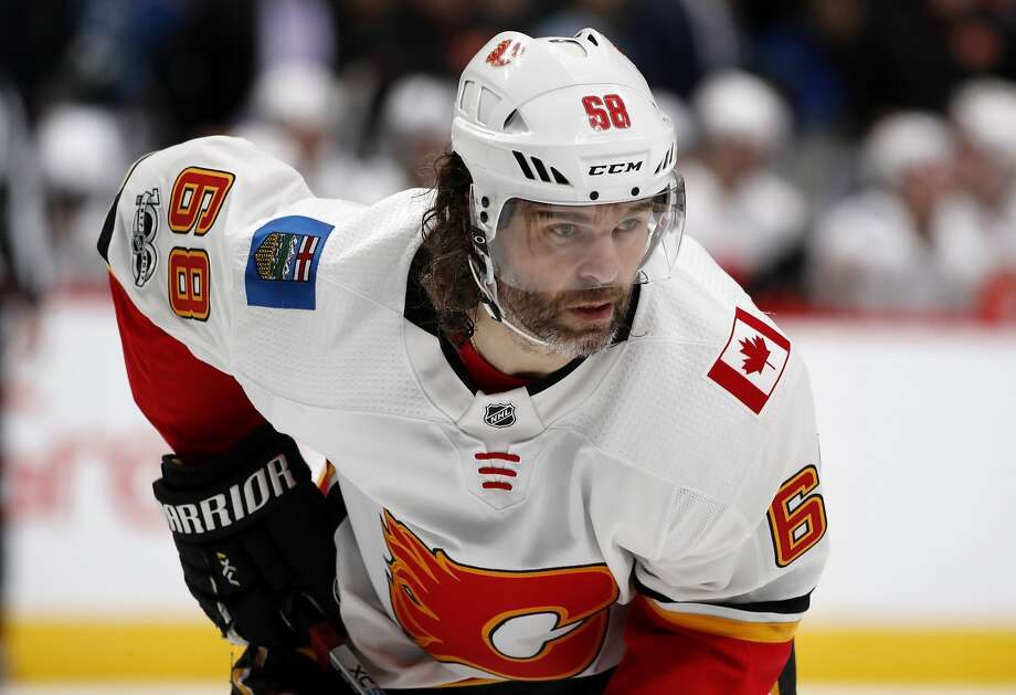 FILE - In this Nov. 25, 2017, file photo, Calgary Flames right wing Jaromir Jagr, of the Czech Republic, waits for a face-off against the Colorado Avalanche during the second period of an NHL hockey game in Denver. Multiple people with direct knowledge of the move say the Calgary Flames have placed Jagr on waivers. The people spoke to The Associated Press on condition of anonymity Sunday, Jan. 28, 2018, because the team had not announced the transaction. (AP Photo/David Zalubowski, File) Photo: David Zalubowski, Associated Press