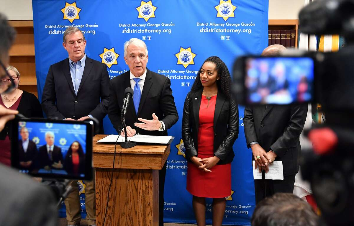 San Francisco District Attorney George Gasc�n answers questions during a press conference detailing a new policy which vacates 3000 marijuana-related misdemeanor convictions and 8,000 marijuana-related felony convictions in San Francisco on January 31, 2018.