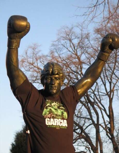 A Jeff Garcia T-shirt adorns the Rocky statue in 2007. Photo: Courtesy Jeff Garcia
