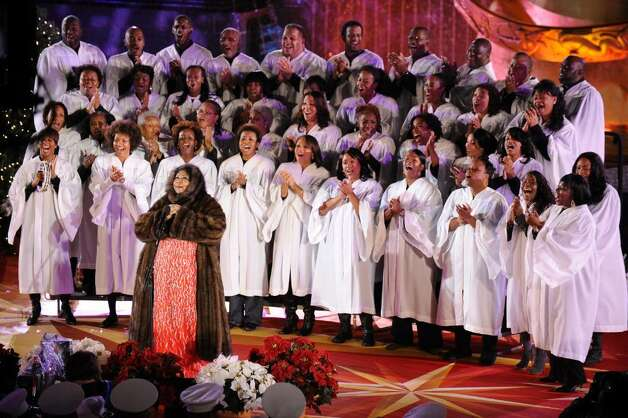 Singer Aretha Franklin performs onstage at the Rockefeller Center Christmas tree lighting at Rockefeller Center on December 2, 2009 in New York City.  (Photo by Bryan Bedder/Getty Images) Photo: Bryan Bedder / 2009 Getty Images