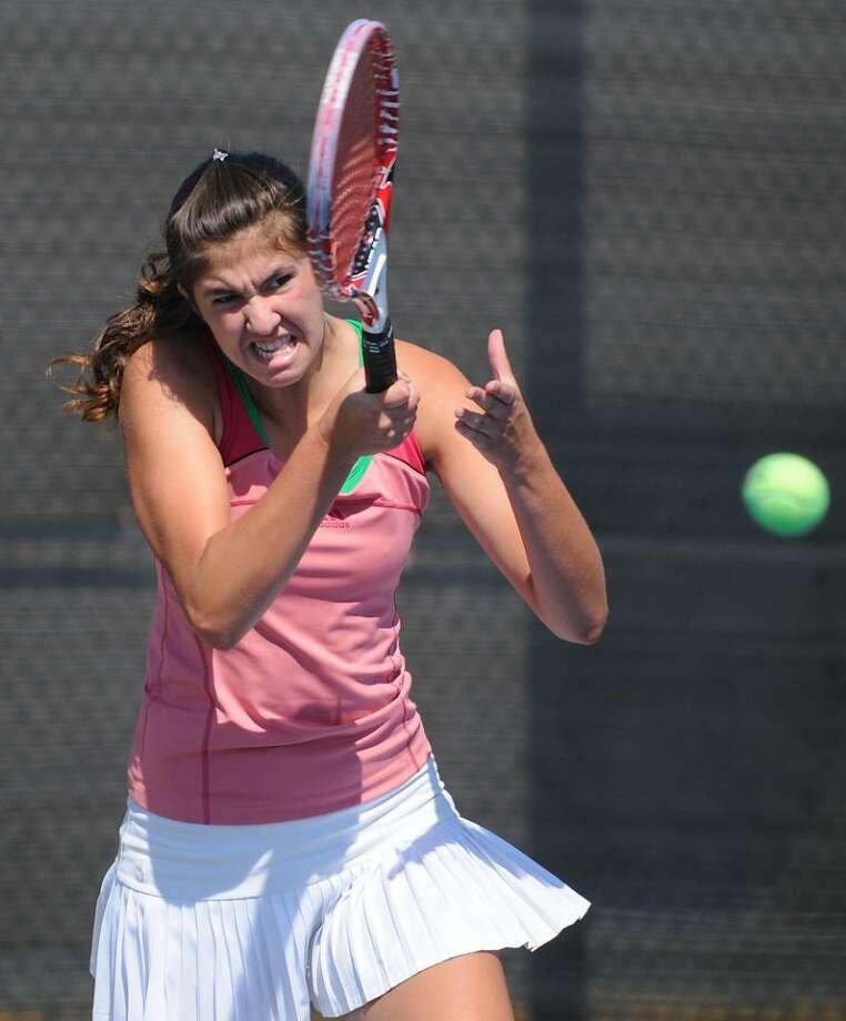 Shaker's Elena Wolner practices with the team (Lori Van Buren / Times Union) Photo: LORI VAN BUREN