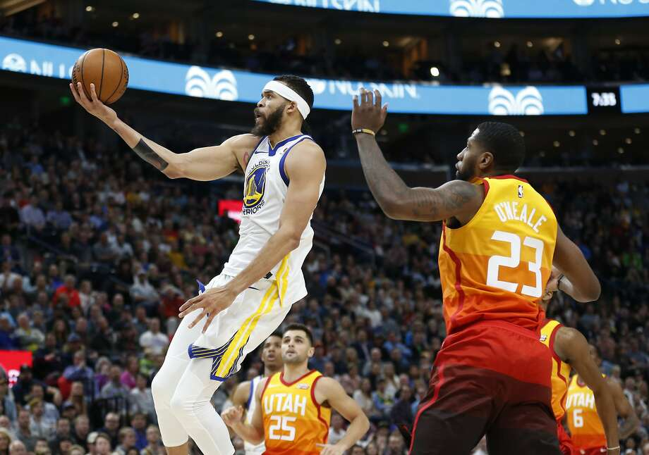 Ricky Rubio goes off as Jazz upset Warriors on Tuesday
