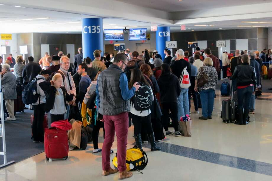 People carry germs — and airports are crawling with people. (Photo: Chris McGinnis) Photo: Chris McGinnis