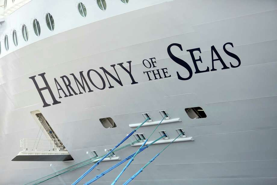Royal Caribbean Cruise Ltd.'s Harmony of the Seas Oasis-class cruise ship in Southampton, England, on May 20, 2016. Photo: Bloomberg Photo By Chris Ratcliffe. / © 2016 Bloomberg Finance LP