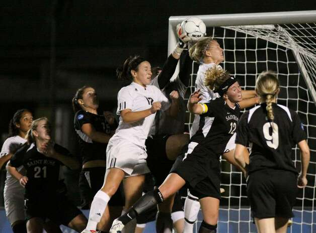 Saint Rose keeper Shannon Murphy makes one of her six saves in Thursday's Division II National Women's soccer semfinal. (Scott Purks/Special to the Times Union)