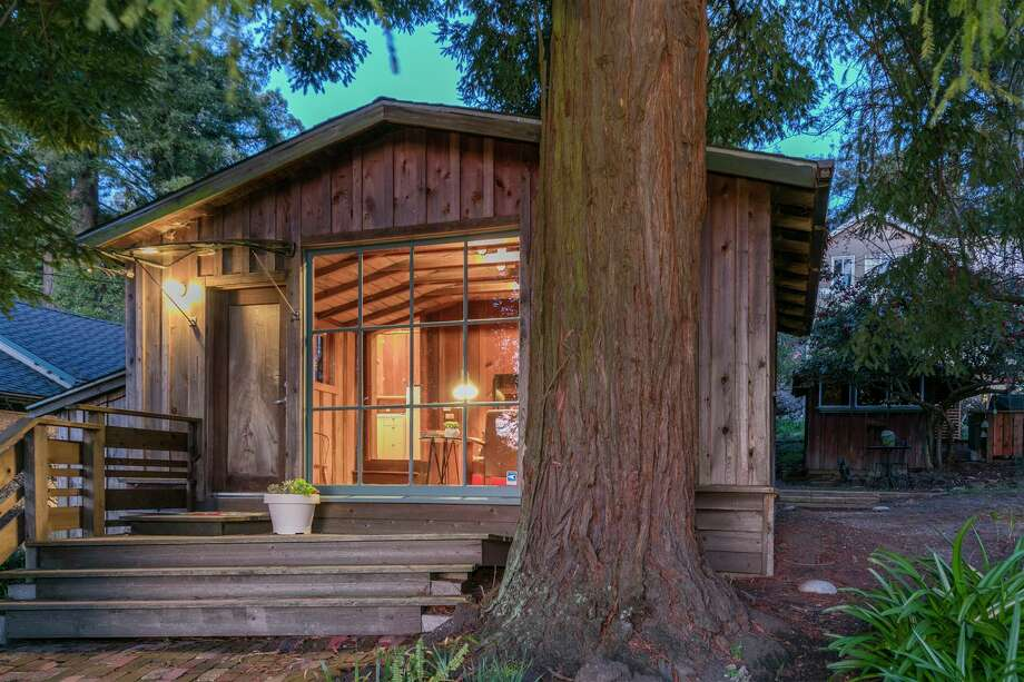 A cozy cabin in the woods of the Berkeley Hills is on the market for $479,000. Photo: Christian Kluggman