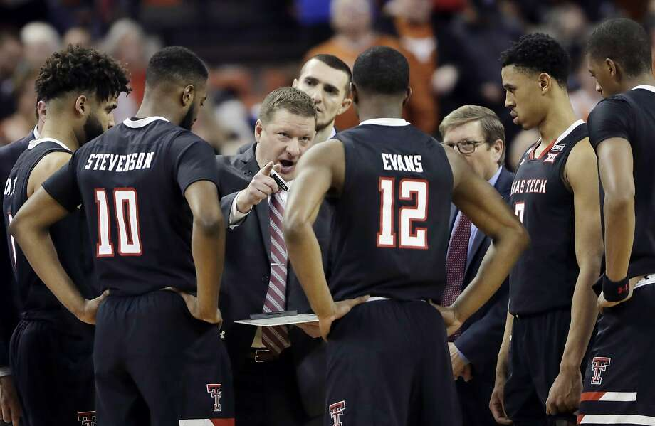 Chris Beard (center), an assistant coach to first Bobby Knight then Pat Knight at Texas Tech, is back in Lubbock — this time as the Red Raiders' head coach. Photo: Eric Gay, Associated Press