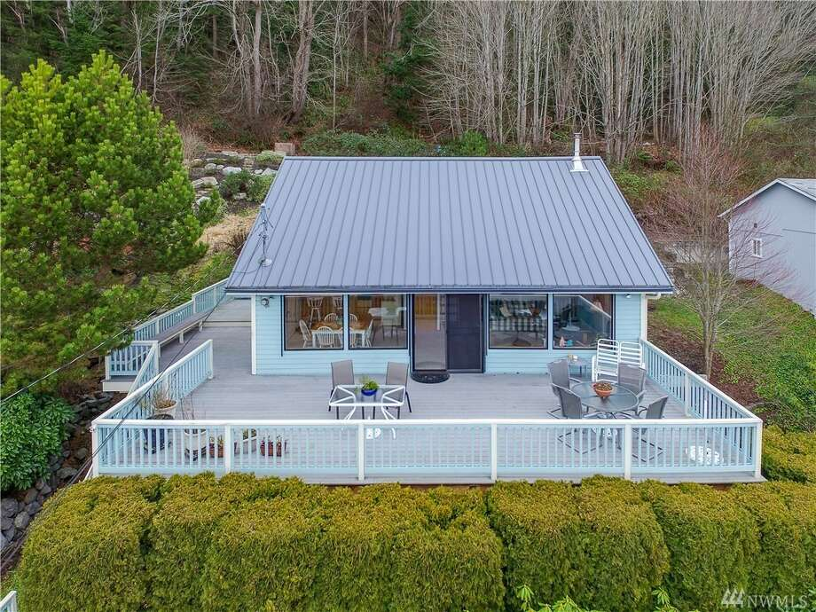 9709 Tulalip Shores Rd., listed for $370,000. See the full listing below. Photo: Listing Provided Courtesy Of Sharon Harriss, Windermere Real Estate M2 LLC