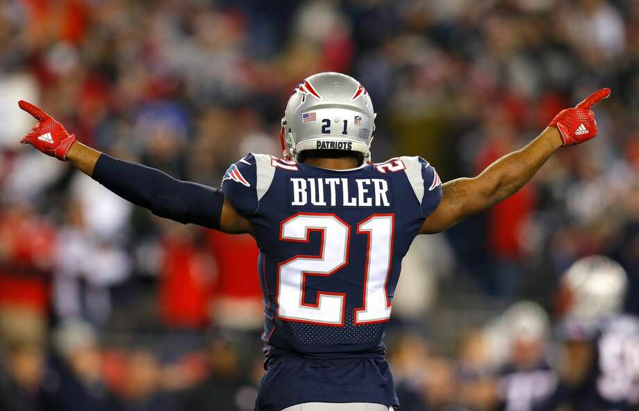 Patriots cornerback Malcolm Butler was benched for Super Bowl LII Sunday night and expressed his disappointment in it after the game. Now that Butler is a pending unrestricted free agent, Texans wide receiver DeAndre Hopkins reached out to him on Twitter Monday afternoon. Photo: Kevin C. Cox/Getty Images