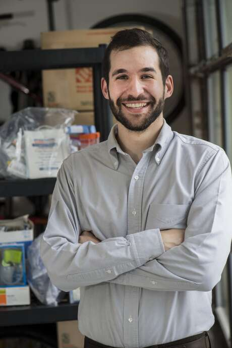 Pablo Henning, a Rice University alumnus, created the nonprofit organization Saludos Connection to provide humanitarian aid to Venezuelans suffering from scarcity in medical supplies.